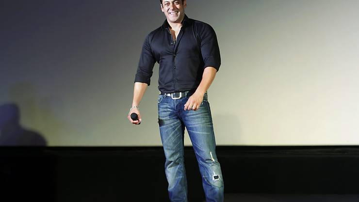 Bollywoodstar Salman Khan - ein passionierter Jäger - ist aus Mangel an Beweisen vom Vorwurf des illegalen Waffenbesitzes freigesprochen worden. Es war nicht das erste Mal. (Archivbild)
