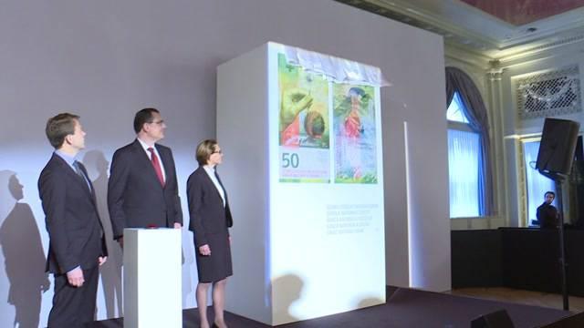 Banknote erstrahlt im neuen Design