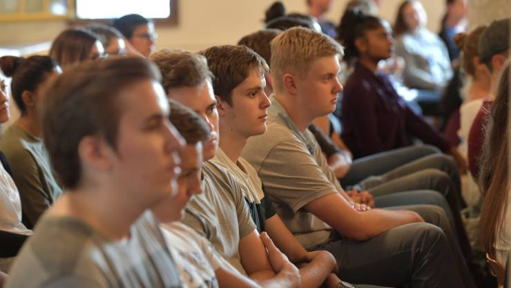 Schüler aus verschiedensten Schweizer UNESCO-Schulen