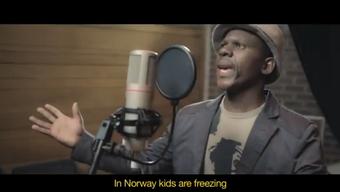 Mit dem Song «Africa for Norway» wird  zur Spendenaktion für Norwegen aufgerufen.