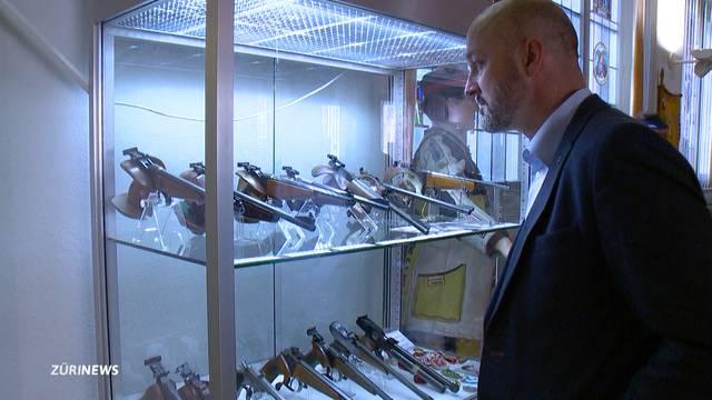 Heikel: Aussenminister Cassis ist Mitglied bei Waffenlobby