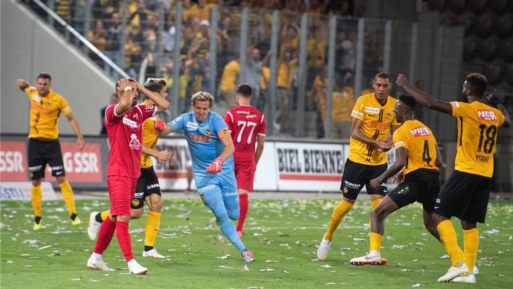 Goalie Marco Wölfli war nach vorne gestürmt und YB hat sich die Verlängerung gerettet – dort kam der Meister zum Sieg gegen Biel.