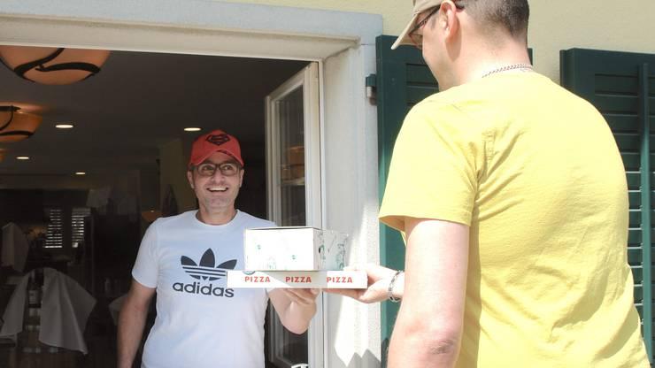 Adriano Caranci vom Restaurant Volare in Waltenschwil verkauft besonders viele Pizzas.