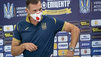 Die Ukraine mit Nationalcoach Andrej Schewtschenko gehen gegen die Forfaitniederlage vor