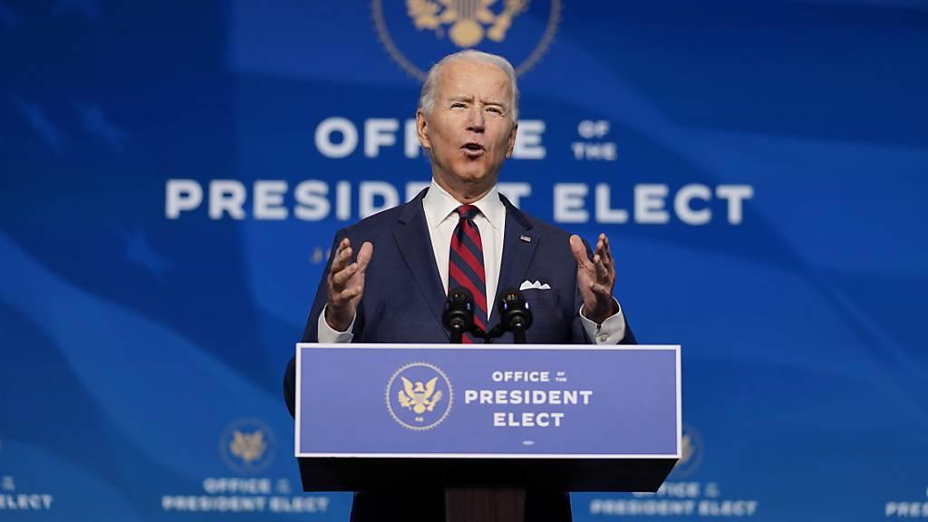 Der designierte US-Präsident Joe Biden verkündet seine Nominierungen und Ernennungen für das Klima- und Energieteam im «The Queen» Theater in Wilmington.