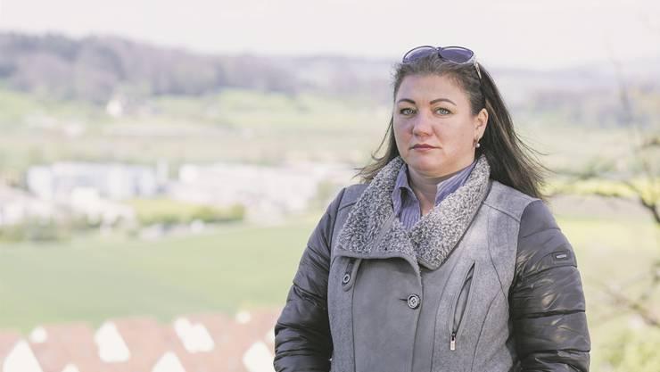 Tatsiana Zahner aus Wettswil versteht nicht, weshalb die Kesb ihr den Sohn weggenommen hat.Severin Bigler