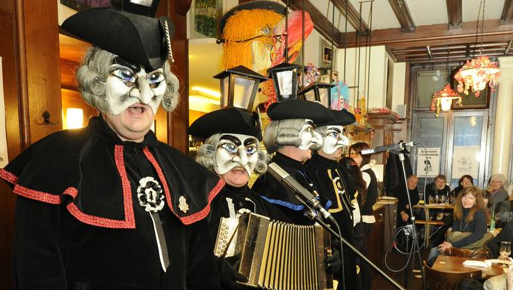 Die Gasladärne bei einem Auftritt im Restaurant Aeschenplatz 2012.