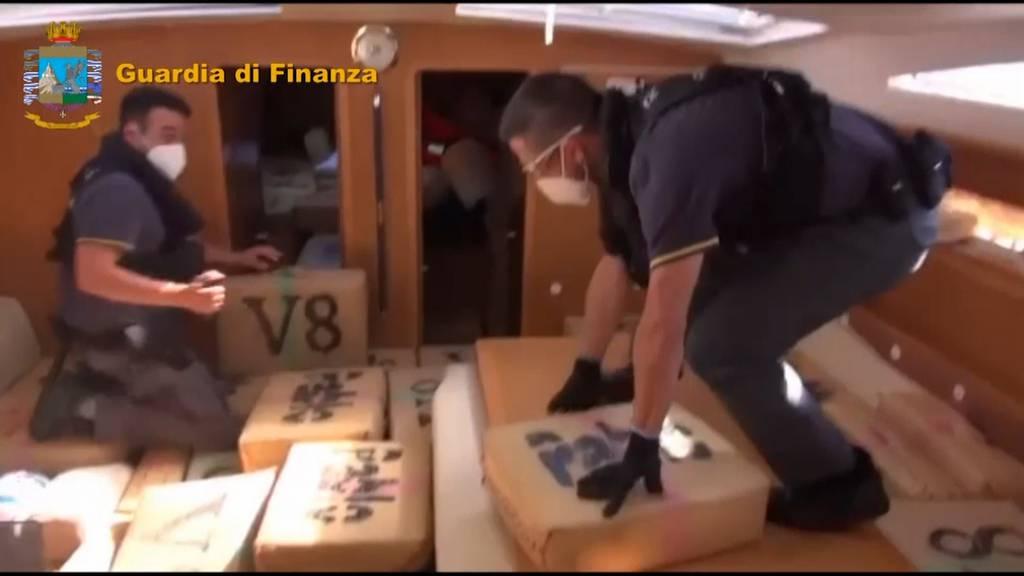 Italienische Polizei kapert Drogen-Yacht mit 6 Tonnen Haschisch an Bord