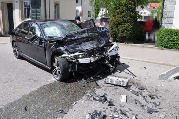 Der Autolenker wurde verletzt