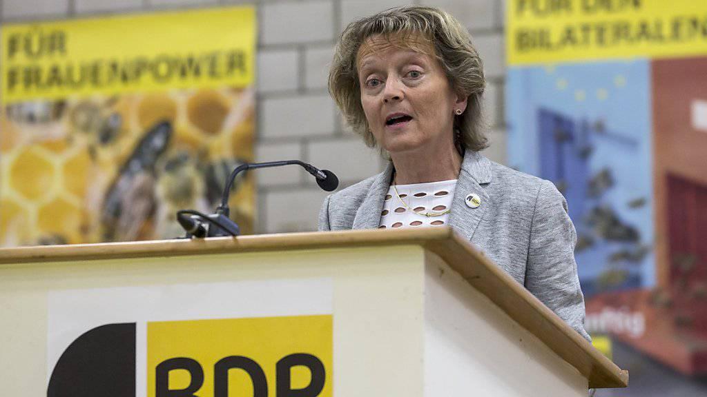 Die abtretende BDP-Bundesrätin Eveline Widmer-Schlumpf will an der Delegiertenversammlung ihrer Partei auftreten. (Archiv)