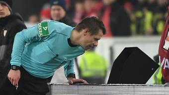 Der Videobeweis sorgt in der Bundesliga für viele Diskussionen