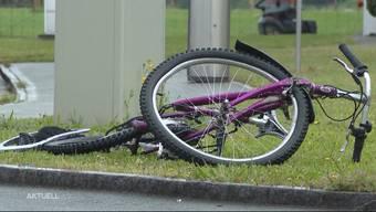 Die 11-jährige Fahrerin erlitt nur leichte Verletzungen. (Symbolbild)