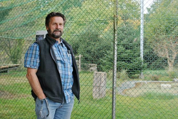 Bruno Gardelli von der Storchen- und Wildvogelpflegestation in Möhlin.