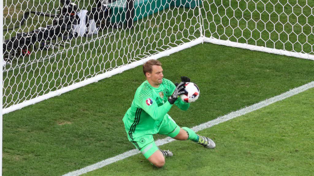 Manuel Neuer muss gegen San Marino und Italien aussetzen