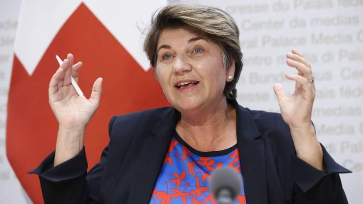 Bundesrätin Viola Amherd schnürt Rettungspaket für den Schweizer Sport.