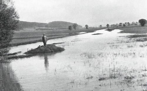 Seenbildung durch den hochgehenden Limpach in Mülchimoos. Hochwasser vom 14.Oktober 1939 (Archivbild)