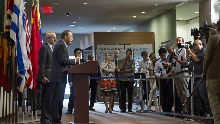 UNO-Generalsekretär Ban Ki Moon verurteilt das Gebaren Nordkoreas - der Sicherheitsrat will das Land nun mit weiteren Sanktionen belegen.