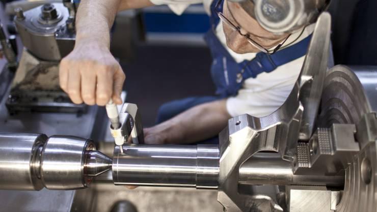 Einstellungsstopp und Personalabbau: für viele Unternehmen der Schweizer Maschinenindustrie hätte ein Ende der Bilateralen drastische Folgen. (Archiv)
