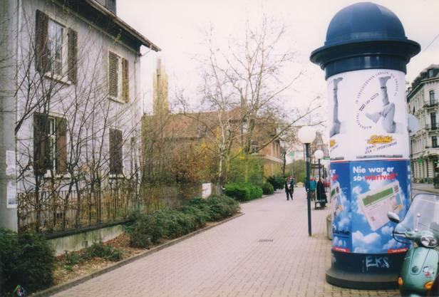 Richtung Unterführung 1997.