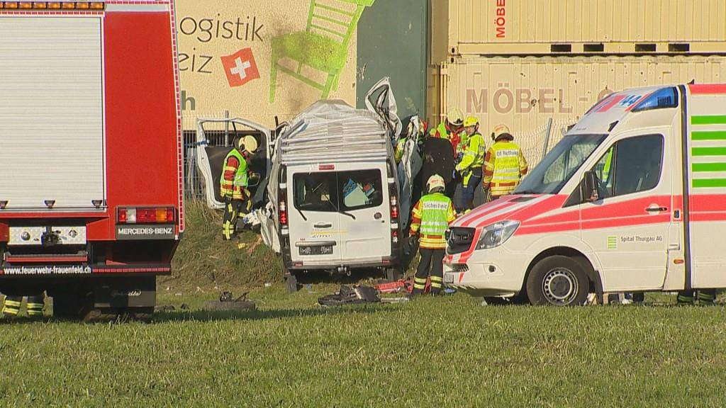 Schwerer Unfall auf A7 (© BRK-News)