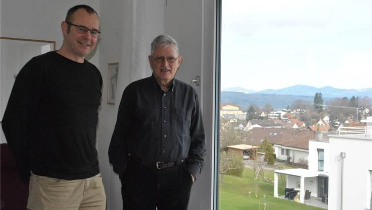 Zwei mit Überblick über das Dorf: Werner Erni (l.) und Ueli Sager sammeln für das Bild- und Tonarchiv Möhlin Zeitdokumente. Nadine Böni