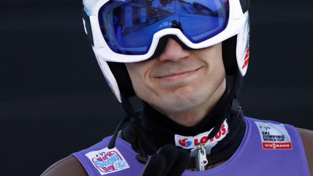 Er hat gut lachen: Kamil Stoch gewamm auch das zweite Springen der Vierschanzentournee