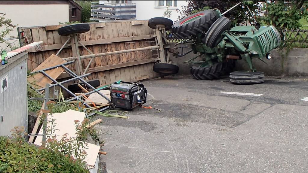 Polterabendunfall mit Traktor
