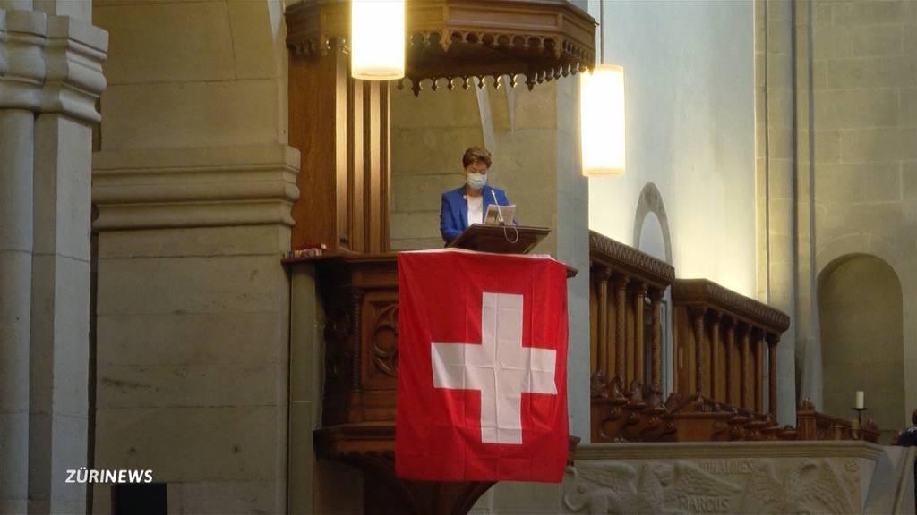 Stadt Zürich: 1.-August-Feier wegen schlechtem Wetter in Kirche verlegt