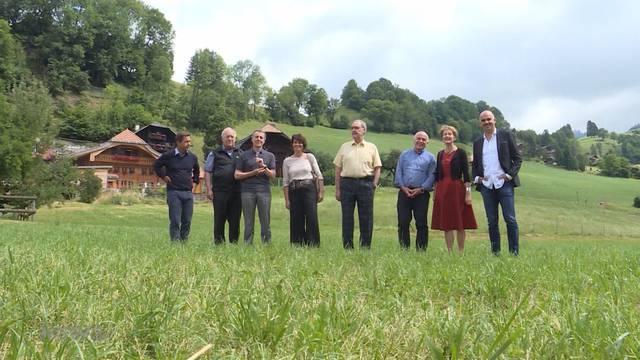Alain Berset startet Bundesratsreise mit Heavy Metal