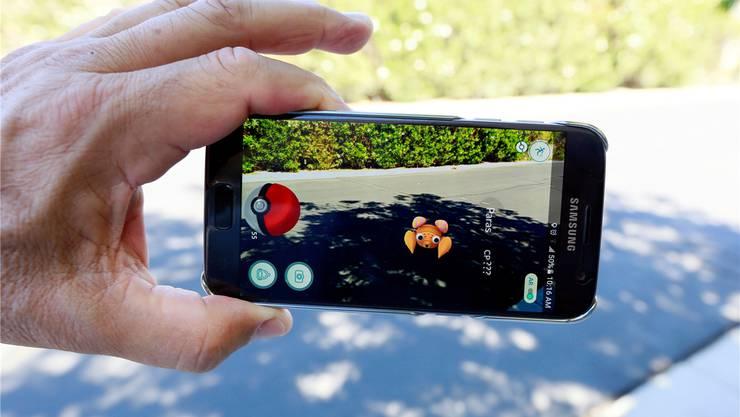 Pokémon Go verbindet die virtuelle Welt mit der realen Umgebung.