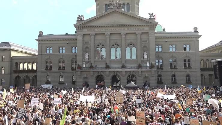Vergangenen Samstag demonstrierten um die 100'000 Klimademonstranten vor dem Bundeshaus in Bern.