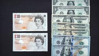 Das britische Pfund verliert immer mehr an Wert. (Archivbild)