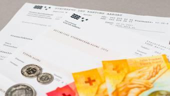 Aargauerinnen und Aargauer können nächstes Jahr mit tieferen Steuersätzen rechnen.