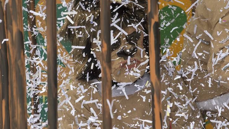 Nach einem Fasnachtsauftakt mit ausgiebigem Alkoholkonsum landete ein Mann aus dem Kanton Bern nicht hinter Gittern, aber er kassierte eine happige Geldstrafe. (Themenbild)