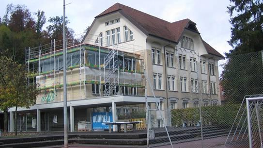 Der Anbau des alten Schulhauses Staufen wurde aufgestockt.
