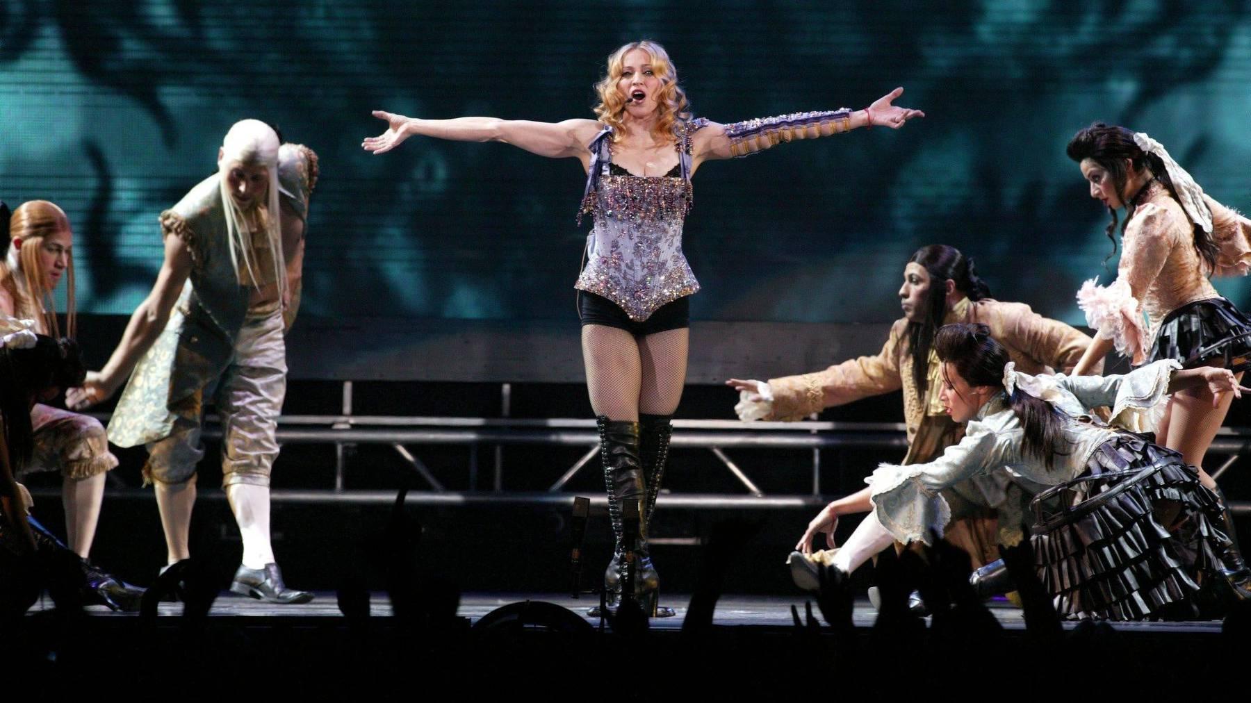 Zieht an, was sie will: Die US-amerikanische Sängerin Madonna (62) bei einem ihrer Auftritte.
