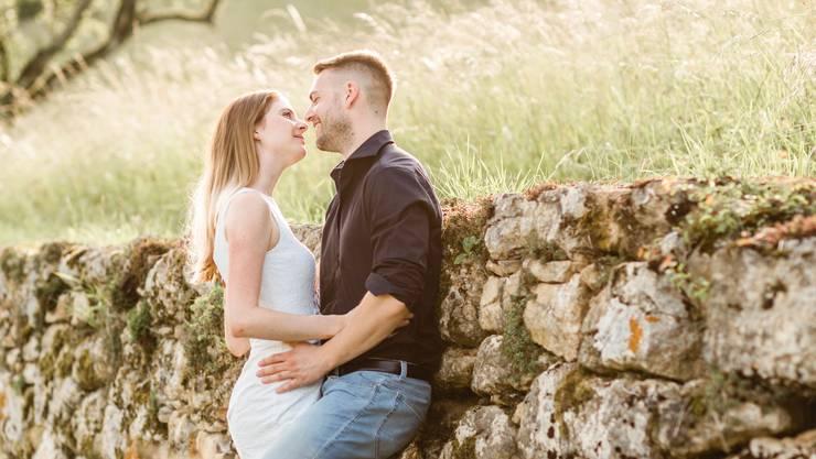 Nach langem Abwarten dürfen sie am 4. Juli wie geplant heiraten: Das Aargauer Paar Denise Schuler und Michael Haller.