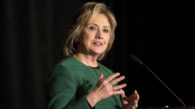 Will mit ihrer Kandidatur fürs Präsidentenamt der USA «die unsichtbare Barriere» durchbrechen: Hillary Clinton.