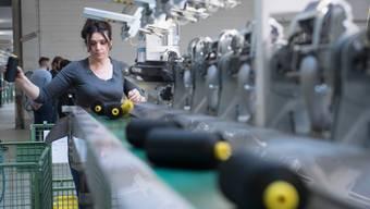 Bei Textilhersteller Lantal  droht ein grosser Stellenabbau.