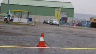 Die Bewässerung hat dem Asphalt der TCS-Piste in Frick gehörig zugesetzt. Neben der Sanierung des Belags wird das Streckenhäuschen versetzt.
