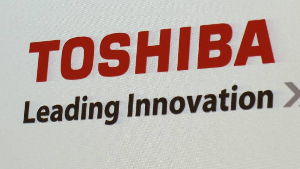Toshiba könnte nach den Problemen der letzten Jahre unter anderem im Atomgeschäft nun übernommen werden. (Archivbild)