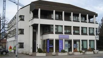 Das Regionale Zivilstandsamt in Aarau befindet sich am Schlossplatz im gleichen Haus wie die Valiant-Bank. Archiv