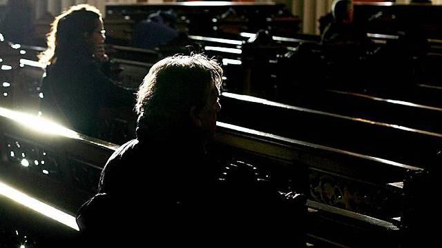 Gläubige in einer Dubliner Kathedrale (Symbolbild)