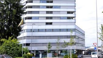 Der Aquila-Tower in Pratteln ist 66 Meter hoch, umfasst 19 Stockwerke und 76 Mietwohnungen.