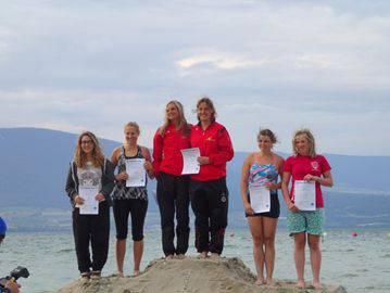 Siegerpodest Doppelboard der Damen (v.l Carolyn Holliger, Karin Zehnder)