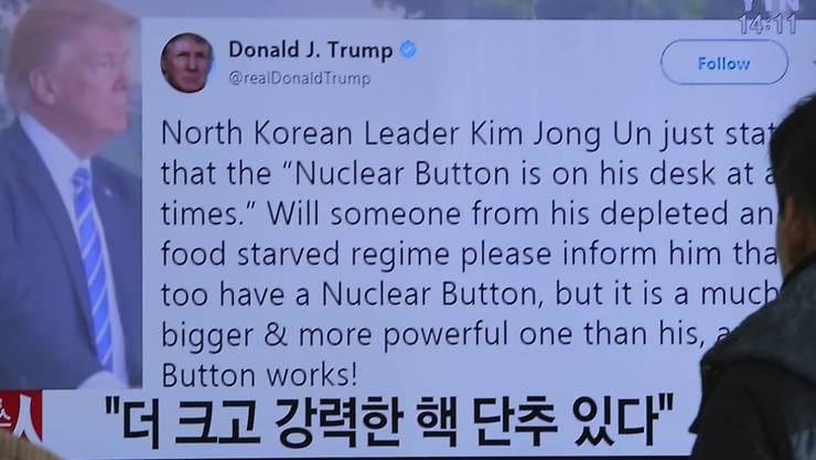 """US-Präsident Trump sorgt immer wieder mit umstrittenen Äusserungen für Aufregung. Zuletzt twitterte er, er verfüge über einen """"viel grösseren"""" und mächtigeren Atomknopf als Nordkoreas Staatschef Kim Jong Un."""