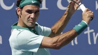 Roger Federer setzt zur Backhand an