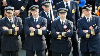 Die Piloten wehren sich für die sozialpartnerschaftlich ausgehandelten Gesamtarbeitsverträge (Symbolbild)