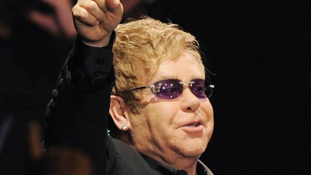 So etwas wie der englische Hofsänger: Elton John (Archiv)