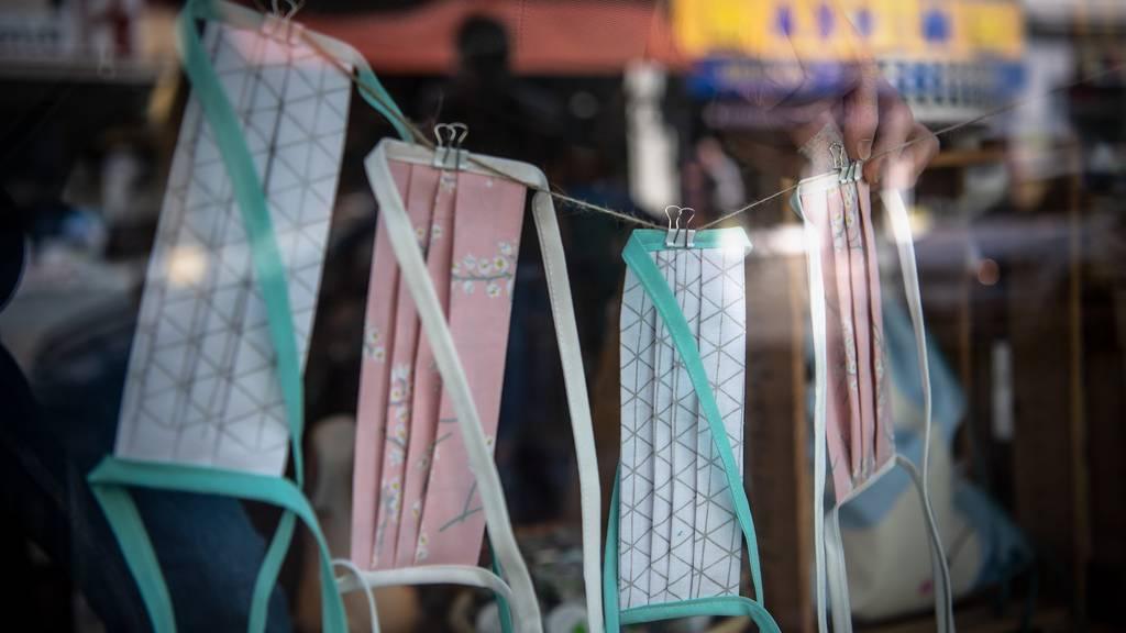 Ostschweizer Maskenproduzenten exportieren jetzt ins Ausland